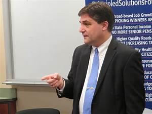 Michigan gubernatorial candidate Patrick Colbeck visits campus