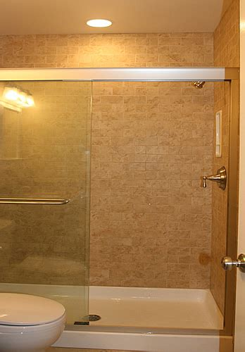 Pictures Of Small Bathrooms With Tub And Shower by Bathroom Remodeling Diy Information Pictures Photos