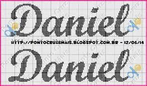 Bordados, imagens e muito mais! Resultado de imagem para alfabeto com coroa em ponto cruz para toalha de boca | Ponto cruz ...