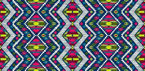 teppich afrikanisches design nahtloses afrikanisches muster ethnische verzierung auf dem teppich aztekische zahl stammes