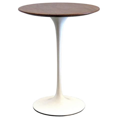 tulip table eero saarinen for knoll 1950s walnut tulip table at 1stdibs