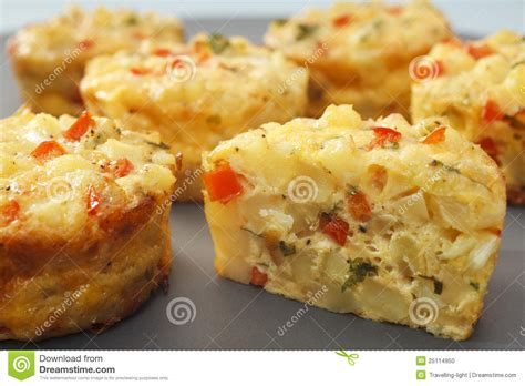 am駭agement mini cuisine mini frittata finger food stock photo image 25114950