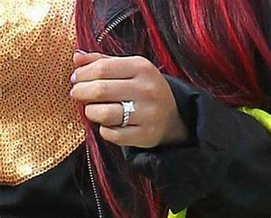 a recent engagement and a ring that makes furors snooki With snooki wedding ring