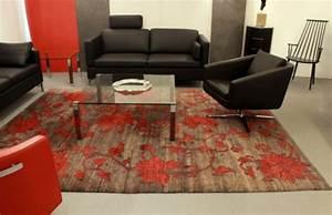 Teppich Aus Schafwolle : hochwertige teppiche in einzigartigem design liegen im trend used design ~ Markanthonyermac.com Haus und Dekorationen