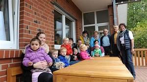 Sitzgruppe Kinder Garten : sitzgruppe gespendet voltlager overberg stiftung unterst tzt kindergarten ~ Orissabook.com Haus und Dekorationen