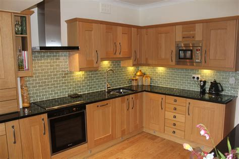 leveling kitchen cabinets fitted kitchens castleford bespoke kitchens 3722