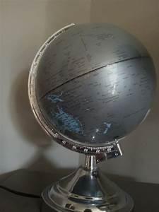 Lampe Globe Terrestre : lampe globe terrestre photo 6 12 syst me touch avec plusieurs intensit s ~ Teatrodelosmanantiales.com Idées de Décoration