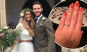 take me out39s beckie and adam share wedding snap daily With how to take good wedding photos