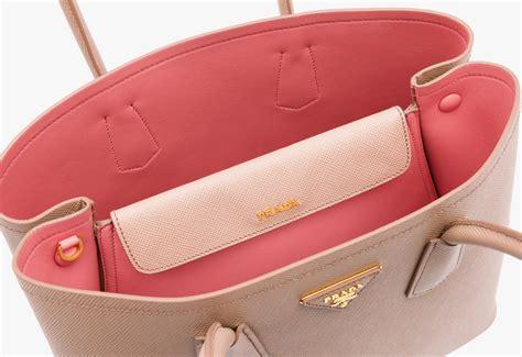 canap faux cuir prada saffiano cuir small tote bag faux prada purse