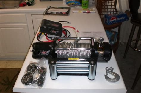smittybilt xrc8 winch arrived today details pictures