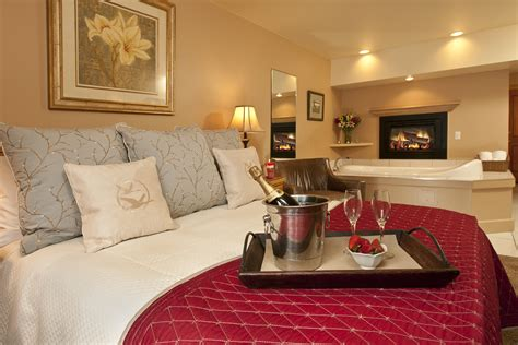 decorating hotel rooms remarkable decorate hotel room romantic contemporary best idea home design extrasoft us