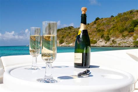 gourmet-picnic-food-photographs | Yacht Charters Antigua ...