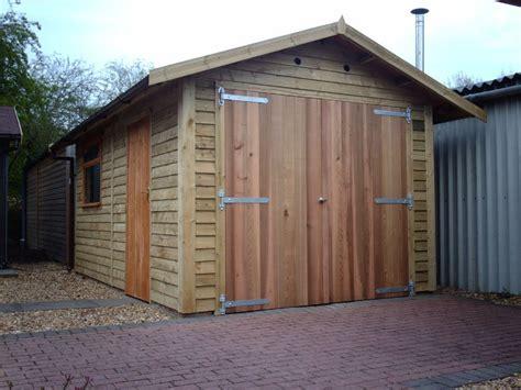 Double Garage : Cedar Double Doors, Warwick Timber Garages