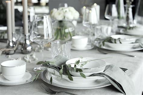 Lieldienu svētku galda noformējums pavasara noskaņās. FOTO - Articles - Svētku laiks