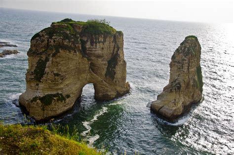 Al-Rawsha - Beirut | Rawsha Rock is very famouse Rock ...