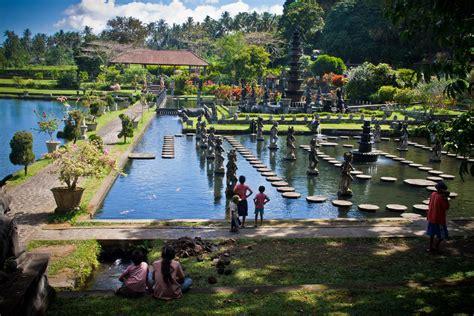 tirta gangga park water palace  karangasem bali