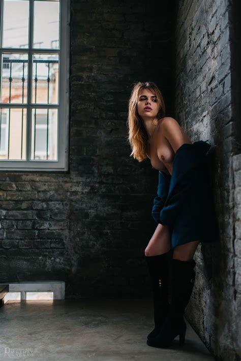 Russian Model Alexandra Smelova Nude By Dmitriy Bugaenko