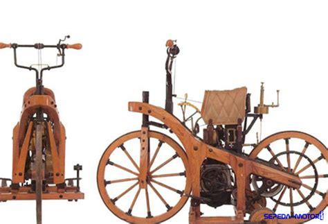 Motor Pertama Di Dunia by Ini Sepeda Motor Pertama Di Dunia Info Sepeda Motor