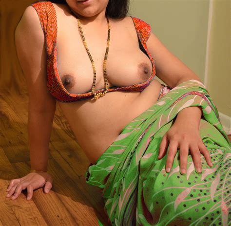 Kerala Aunties Saree Removing Images Indian Saree Blouse