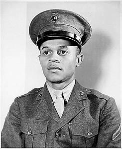 USMC WW II Service Uniform