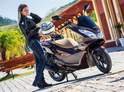 Pcx 2018 Km L by Honda Pcx 2017 Fotos Pre 231 O Consumo E Desempenho Car