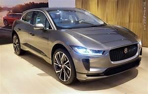 Jaguar I Pace : undercutting tesla the jaguar i pace takes the ev war mainstream slashgear ~ Medecine-chirurgie-esthetiques.com Avis de Voitures