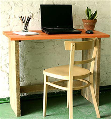 fabriquer bureau bois bureau bois brut esprit cabane idees creatives et