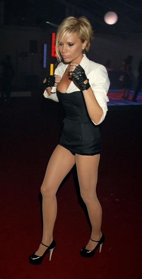 Victoria Beckham Sexy Puusy Cat Girl In Nokia Glamour