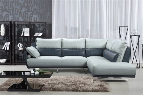 6311 Sectional Sofa In Light Grey Blue Leather By Esf