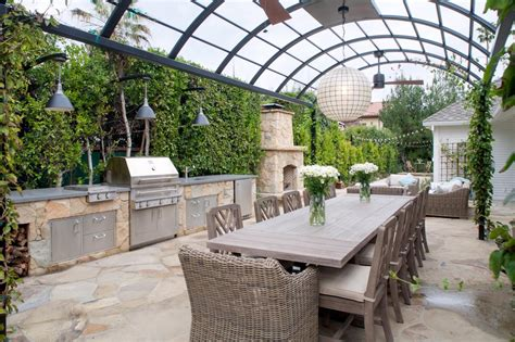 7 Of Our Favorite Outdoor Cooking And Dining Areas