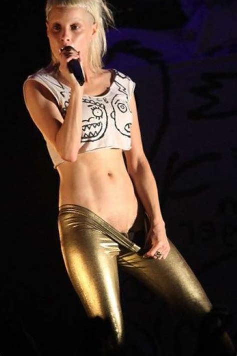 Sexy Yolandi Visser Desnuda Gallery 12960 My Hotz Pic