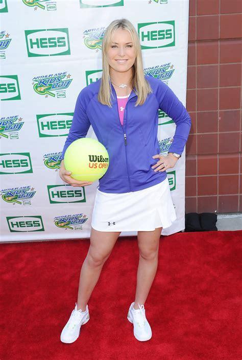 Lindsey Vonn Mini Skirt   Lindsey Vonn Looks   StyleBistro