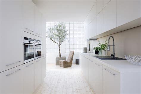 hotte blanche pas cher cuisine design blanche pas cher