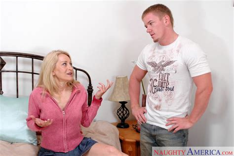 robin pachino and jack venice in my friend s hot mom naughty america hd porn videos