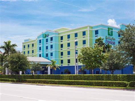 holiday inn express hotel suites fort lauderdale airport