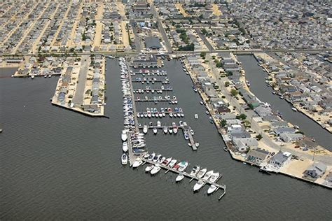 Boat Rentals Lavallette Nj by Marina