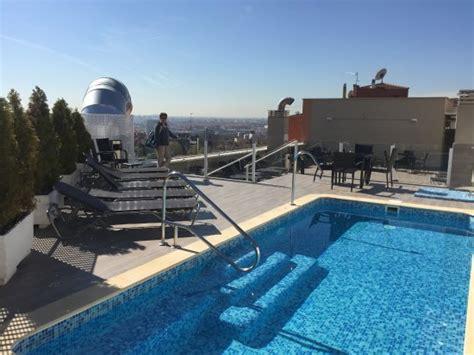 Pool Auf Dem Dach by Pool Auf Dem Dach Bild Ganivet Hotel Madrid