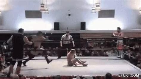 wrestling crotch gif wrestling crotch slam discover