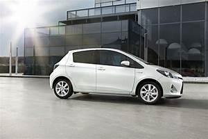 Toyota Yaris Hybride Dynamic : toyota yaris toyota yaris hybride les prix et quipements ~ Gottalentnigeria.com Avis de Voitures
