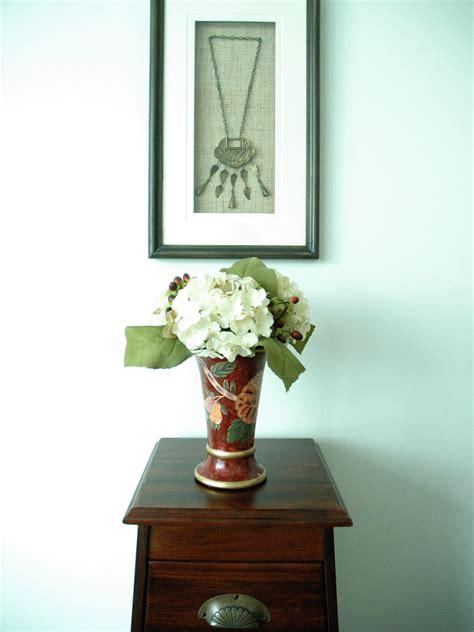 Flower Arrangements In A Vase by Fantastic Vase Flower Arrangements Hgtv
