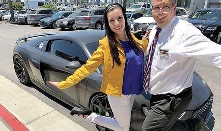 dealerships  work  automotive news