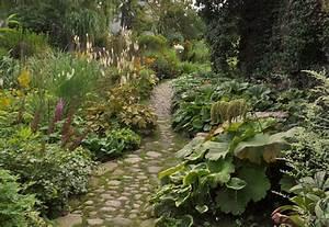 Wege Im Garten Anlegen : staudengarten gross potrems gartengestaltung wildstaudengarten ~ Buech-reservation.com Haus und Dekorationen