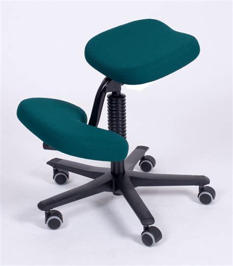 Balans Kneeling Chair Uk by Kneeling Chair Balans Vital