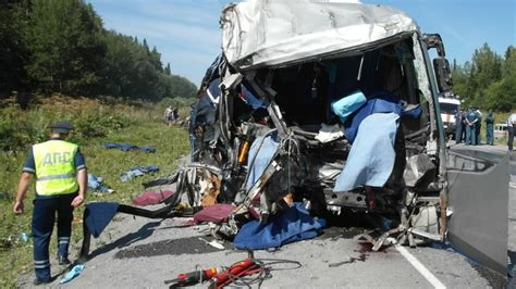 accidents de la route en russie deux accidents de la route en russie rt en fran 231 ais