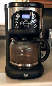 How To Clean A Coffee Maker Using Natural Ingredients