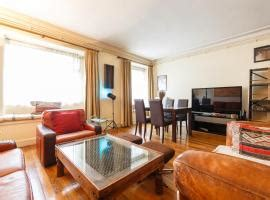 Booking Parigi Appartamenti by I 10 Migliori Appartamenti Di Parigi Francia Booking