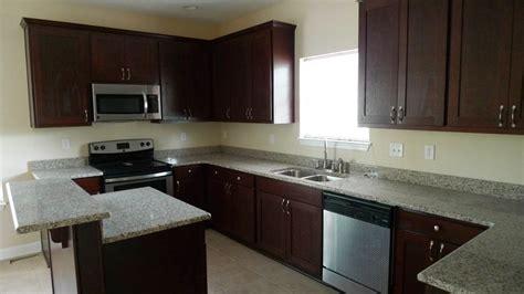 kitchen countertop color combinations cabinets venetian gold granite with oak cabinets espresso cabinets 7897