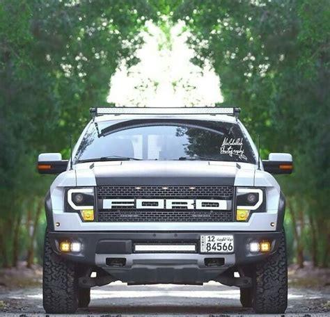 ford f 150 svt raptor 6 2l v8 in white with custom led