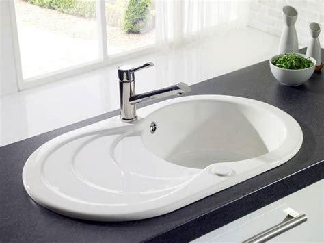 evier de cuisine blanc evier blanc de cuisine en résine avec égouttoir en cascade