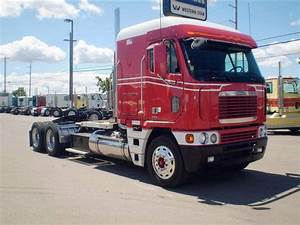27 Freightliner Trucks Service Manuals Free Download